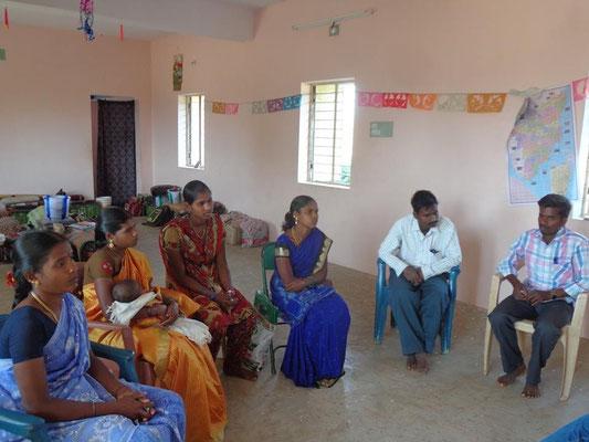 Février 2015 - Réunion des enseignants avec le directeur à Jawadhu Hills