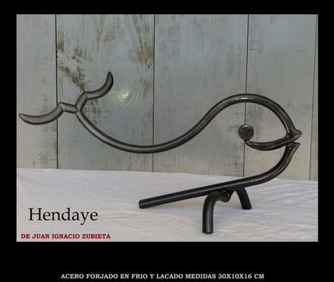 Hendaya medidas 25x15x15 cm