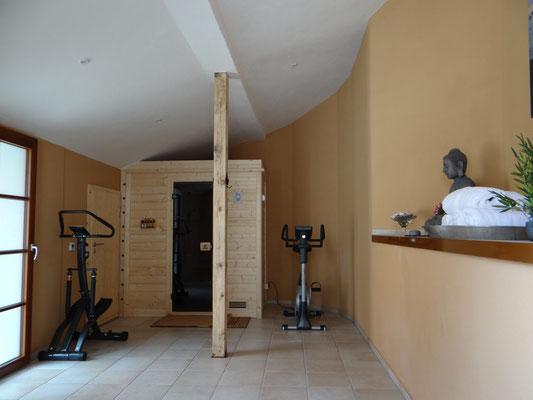 Fitnessraum mit Sauna