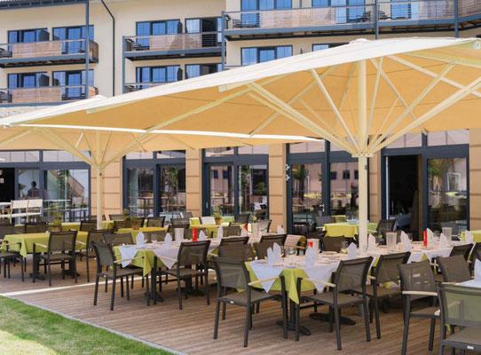 Sonnenschutz für Außengastronomie, Hotel und Cafe
