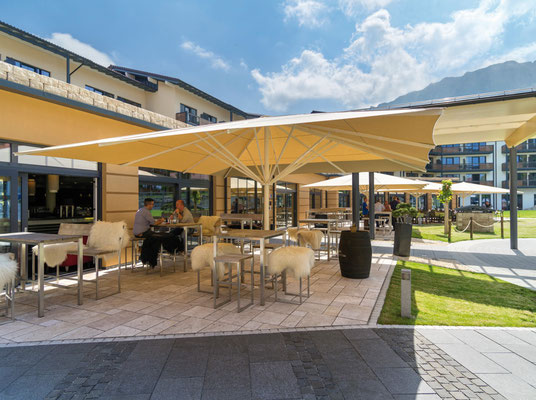 Große Sonnenschirme vom MAY Fachhändler in BAYERN ✅ Unterfranken ✅ 63741 Aschaffenburg ✅ Sonnenschirme für Objekte, KiTa und Gastro 🚩 FINK Sonnenschirme ✉ info@fink-sonnenschirme.de 🌐 www.fink-sonnenschirme.de ☎ 06026-9996960