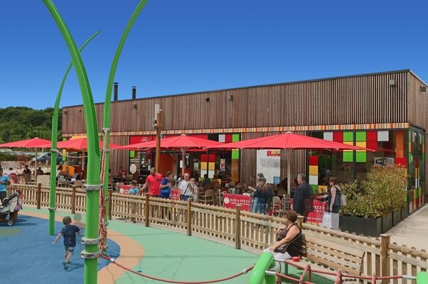 Sonnenschirme für Kindergärten | FINK Sonnenschirme ✅ Fachhändler für may Schirmsysteme ✅ 63755 Alzenau BAYERN Unterfranken ✅ info@fink-sonnenschirme.de ✅ Tel.: 06026 9996960
