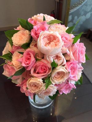 かわいいピンクはとても人気ブーケ