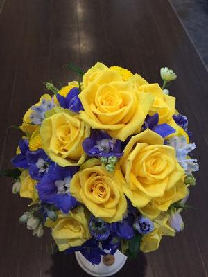黄色×ブルー ラウンドブーケ