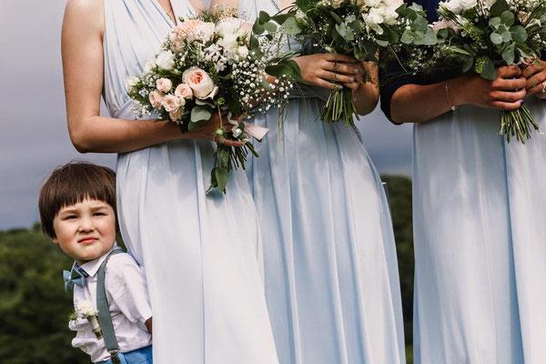 Photo credited to Luna Weddings