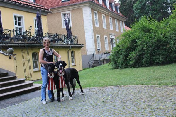Bella und Arina unsere wunderschönen schwarzen Hündinnen