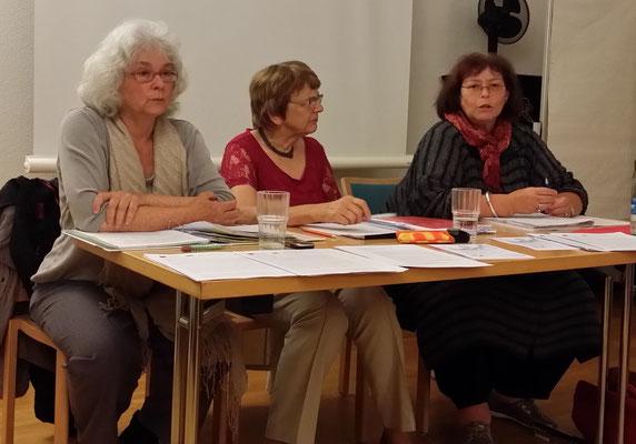 Von links nach rechts: Anna Hausherr, Ursula Nakamura und Dr. Claudia Kaufmann