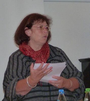Dr. Claudia Kaufmann