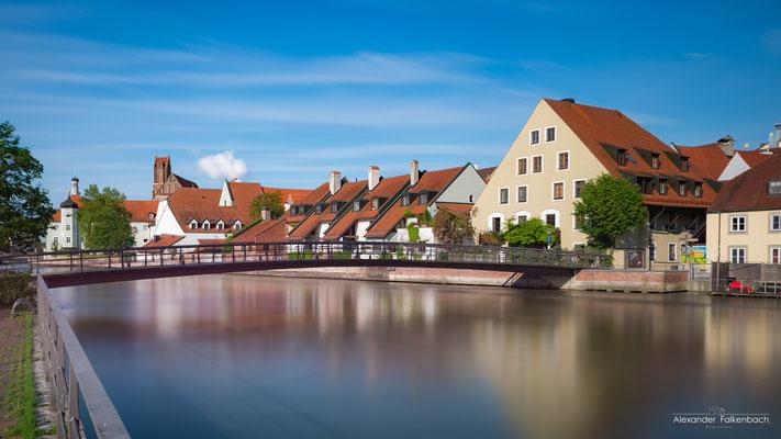 Landshut- Samstag Nachmittag.Normalerweise ist dort bei dem Wetter richtig was los.War es auch! Durch die Langzeitbelichtung ist alles was sich in der Zeit bewegt hat nicht mehr auf dem Foto.