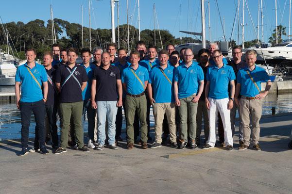 Die Franken- und Hercynen-Crew im Hafen von Toulon