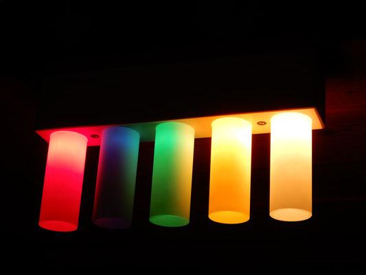 Deckenlampe, Fichte/Glas,     5 x 15 W,     CHF 110.-,     Lieferbar