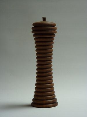 Stahlwerk / Nussbaum,     für Pfeffer,     ca. 25 cm,    CHF 100.-