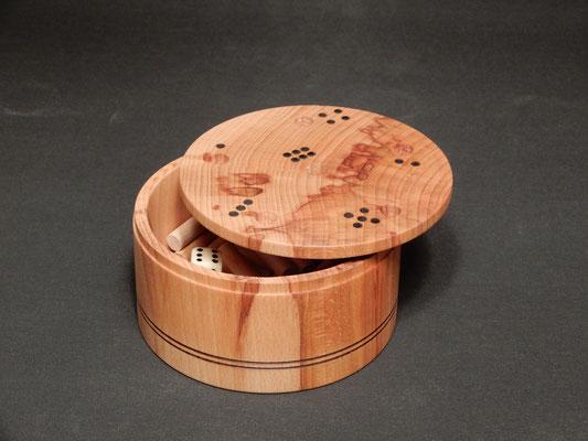 """""""6 Raus"""" - Würfelspieldose aus Kernbuche,       ca 7 x 13,5 cm,     CHF 95.-"""