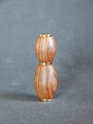 Parfumzerstäuber zum mitnehmen,     Schwarznuss,     ca. 30 x 85 mm,      CHF 30.-,