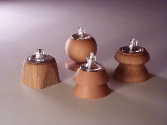 Öllämpchen, verschiedene Hölzer     je CHF 25.-     z.T. lieferbar