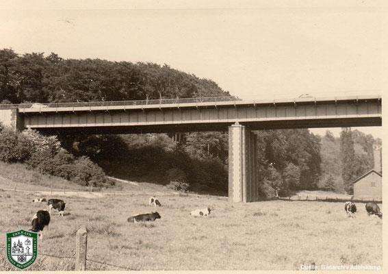 Autobahnbrücke in Erkrath um 1940. Quelle: Bildarchiv Adelskamp