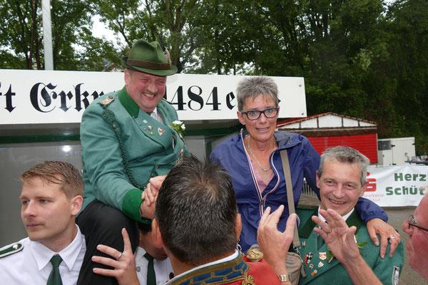 König Michael Wodicka und Königin Tina Pless. Bild: Peter Adelskamp