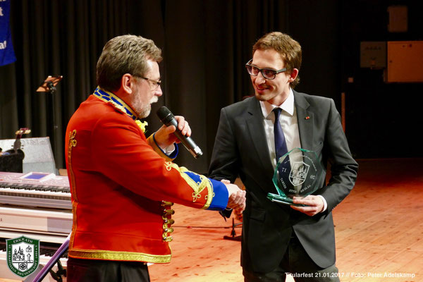 Sebastianus-Ehrenpreis für Thomas Laxa (FC Parea Schimmelbusch) (Foto: Peter Adelskamp)