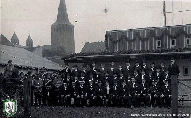 Bild des Regiments von 1934. Quelle: Protokollbuch der SSB