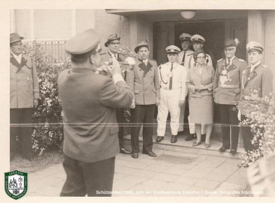Schützenfest 1966. Jahr der Stadtwerdung Erkraths. Quelle: Bildarchiv Adelskamp