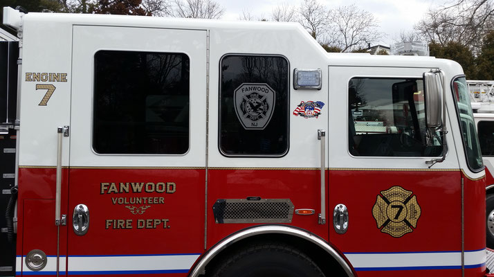 Side cab view of Engine 7