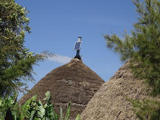 Diese Hütte verfügt über eine Solarlampe