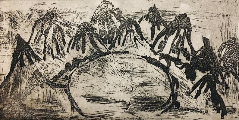 (c) Bianca Scheich, Radierung, 50 x 60 cm, Schwarze Berge, 2021
