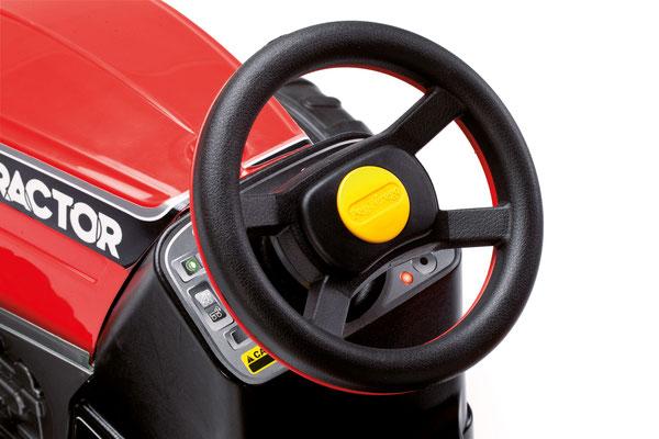 maxi diesel tractor mit anhänger tretfahrzeug spielfahrzeug detail lenkrad