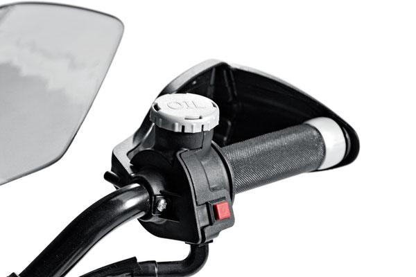 ducati hypercross elektromotorrad spielfahrzeug detail lenkergriff