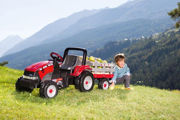 maxi diesel tractor mit anhänger tretfahrzeug spielfahrzeug im spiel
