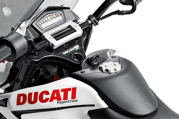 ducati hypercross elektromotorrad spielfahrzeug detail armatur