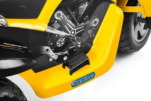 scrambler ducati elektromotorrad spielfahrzeug detail pedal