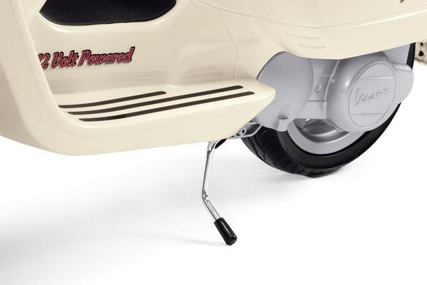 vespa elektroroller spielfahrzeug elektrofahrzeug detail ständer