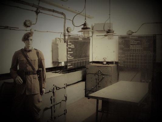 unterirdische Kommandozentrale - centrale sotteranea - underground center