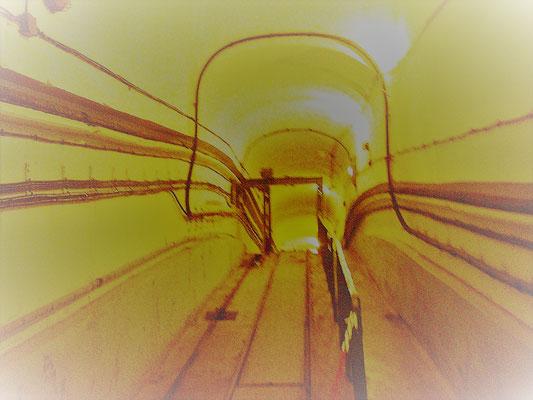 Tunnel Zahnradbahn Bunker