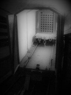 Zahnradbahn Waggon Munition Bunker
