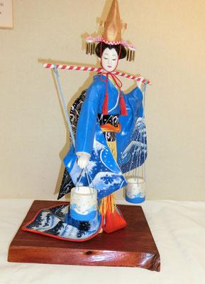 汐汲み(紙粘土人形)古川光昭