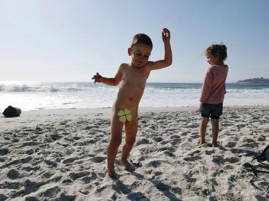 Se faire manger par les vagues mais danser toujours...