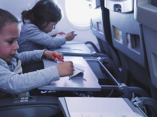 Déco d'avions en papier