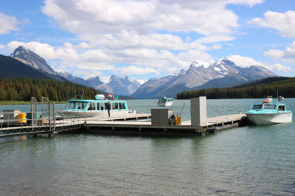 Maligne Lake dans le Jasper National Park (Alberta - Canada)