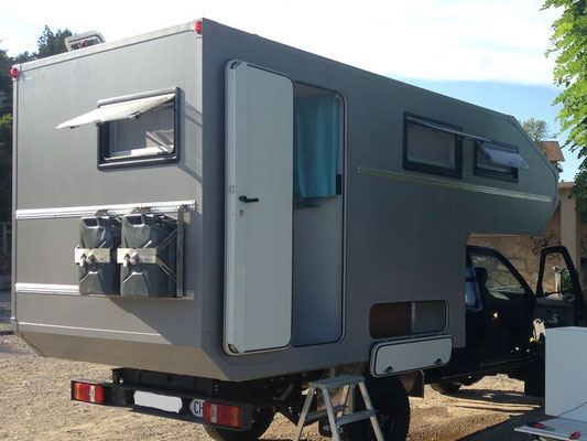 nomadcampers Alkoven-Leerkabine Toyota Hilux
