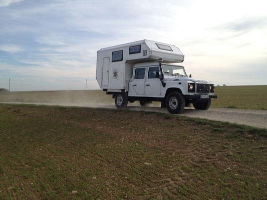 nomadcampers Land Rover Defender 130 Absetzkabine
