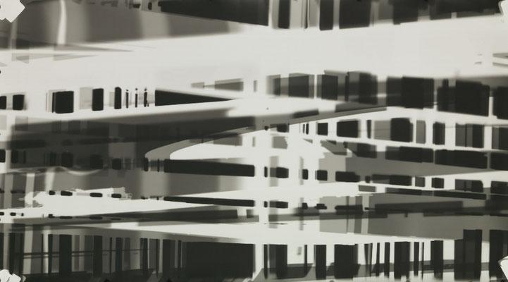 Bildmaschine 07, SW #16, 2015, photogram, 125 x 60 cm