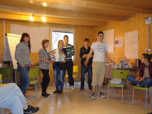 Participants present their invention