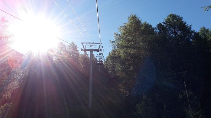 Frühmorgens mit der Bergbahn unterwegs...