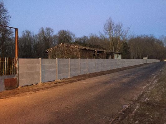 Mur plaques de béton hauteur 2m