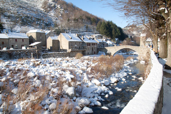 Le Pont de Montvert sous la neige