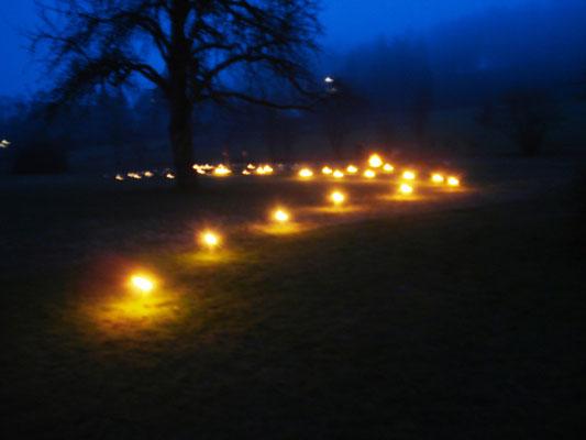 Weg von der Dunkelheit ins Licht - Feuerritual zur Wintersonnenwende