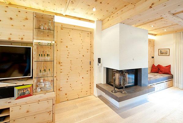 zirbenholz das wohlf hlholz tischlerei weiskopf pians landeck. Black Bedroom Furniture Sets. Home Design Ideas