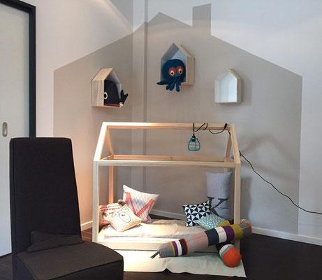 idee kinderzimmer kuschelecke. Black Bedroom Furniture Sets. Home Design Ideas